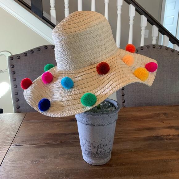 New Betsey Johnson Pom Pom Floppy Beach Sun Hat 134098bb9682
